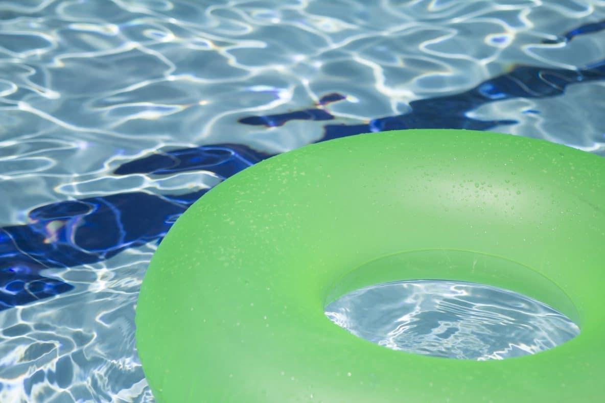 green pool donut